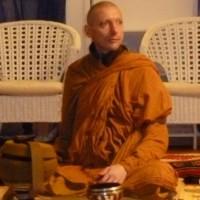 Ajahn Mahapanyo, 18 lug Intensivo a La Pagoda